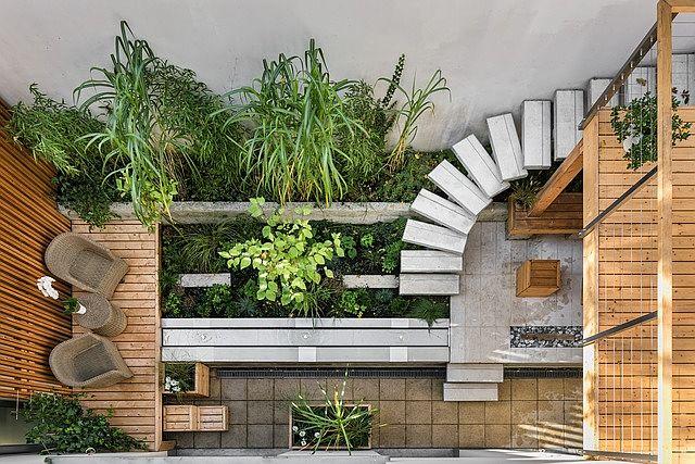diseño de jardin interior