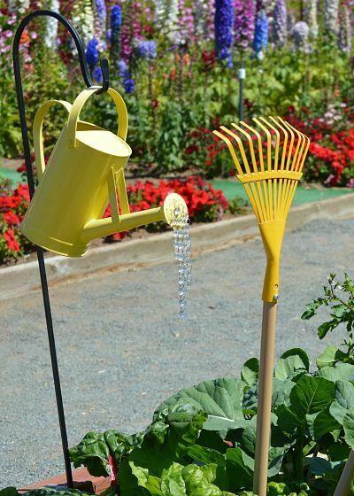 herramientas de cuidado del jardin